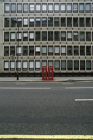 image 7-392-16 England , Telephone booth