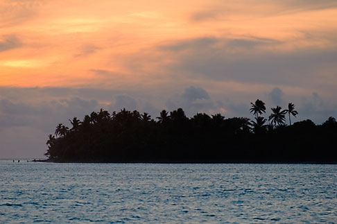 image 5-610-9325 Fiji, Viti Levu, Sunset near Korotogo