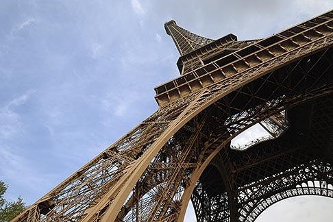 image 6-450-360 France, Paris, Eiffel Tower