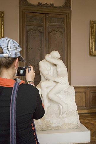image 6-450-6706 France, Paris, Rodin Museum, The Kiss