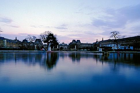 image S1-35-5 France, Paris, Jardin des Tuileries