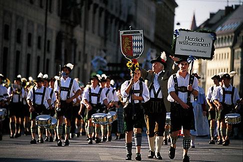 image 3-950-26 Germany, Munich, Oktoberfest, Parade of Folklore Groups