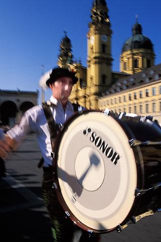 image 3-950-69 Germany, Munich, Oktoberfest, Parade of Folklore Groups