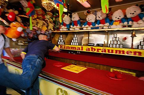 image 3-954-27 Germany, Munich, Oktoberfest, Ball toss gallery