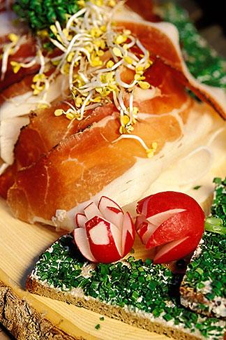 image 3-956-11 Germany, Munich, Oktoberfest, Radi, radish plate with Bavarian ham