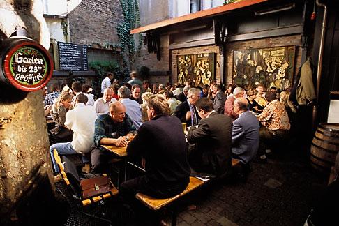 image 5-528-16 Germany, Frankfurt, Adolf Wagner applewine tavern, Sachsenhausen