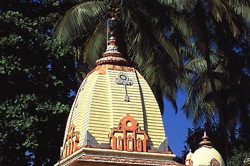 image 0-604-9 India, Goa, Hindu temple, Calangute