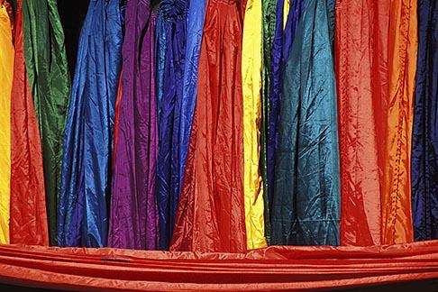 image 0-608-12 India, Goa, Fabrics, Anjuna flea market