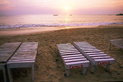 image 0-608-44 India, Goa, Baga Beach