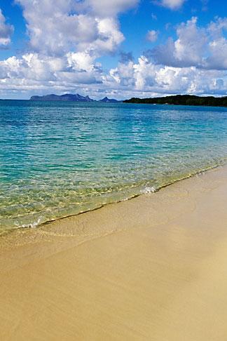 image 3-590-18 Grenada, Carriacou, Paradise Beach