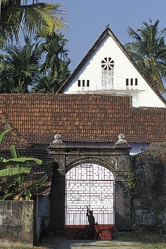 image 7-113-33 India, Cochin, Jewish Synagogue, Mattancherry
