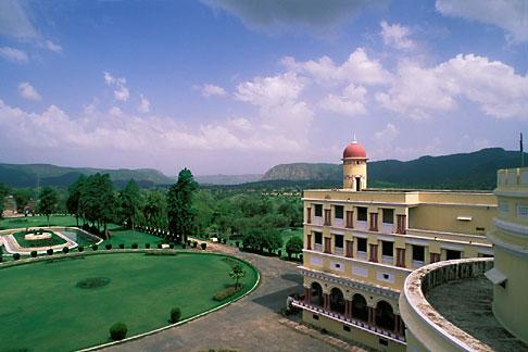 image 7-292-3 India, Rajasthan, Sariska Palace Hotel