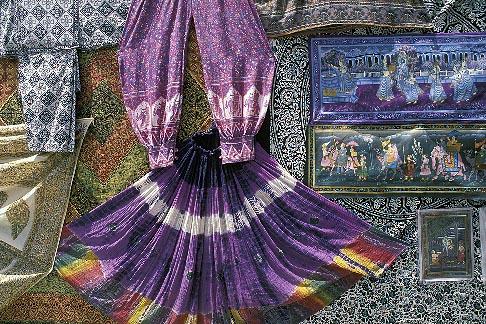 image 7-349-13 India, Jaipur, Rajasthan fabrics
