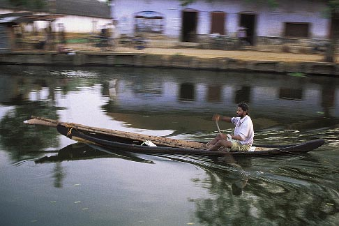 image 7-88-36 India, Kerala, Boatman, Alleppey canal