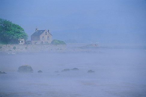 image 4-753-79 Ireland, County Louth, House and coastal fog