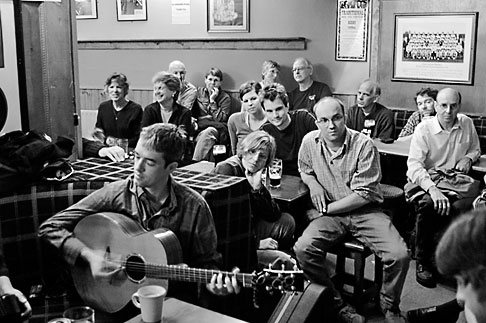 image 4-900-1012 Ireland, County Clare, Doolin, Gus OConnors Pub