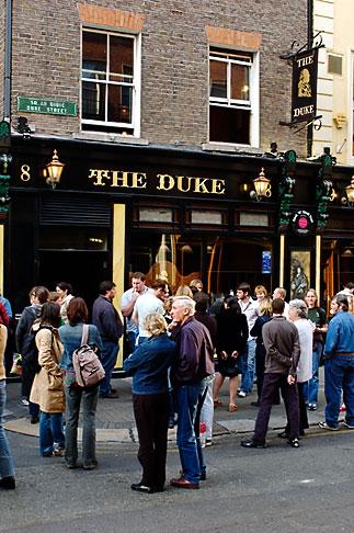 image 4-900-1850 Ireland, Dublin, Literary pub crawl