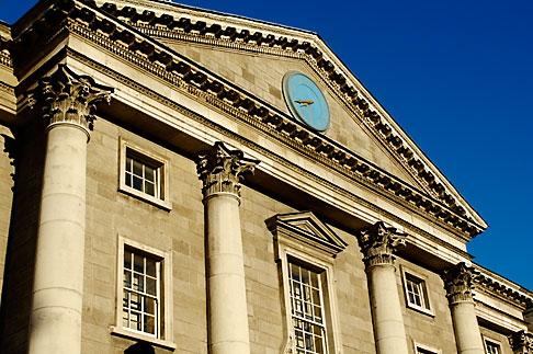 image 4-900-1965 Ireland, Dublin, Trinity College entrance