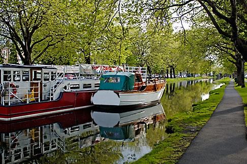 image 4-900-24 Ireland, Dublin, Grand Canal