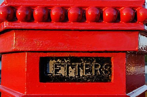 image 4-900-382 Ireland, County Antrim, Postbox