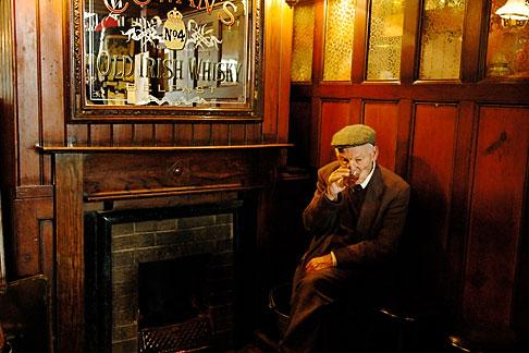 image 4-900-816 Ireland, Fermanagh, Irvinestown, Central Bar