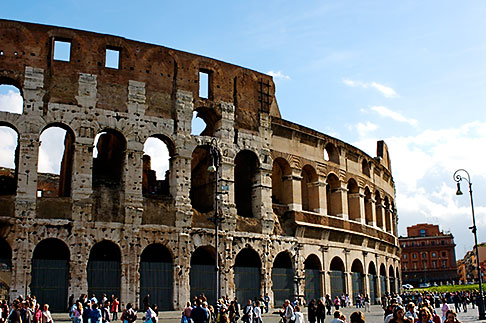 image S4-502-4724 Italy, Rome, Colosseum