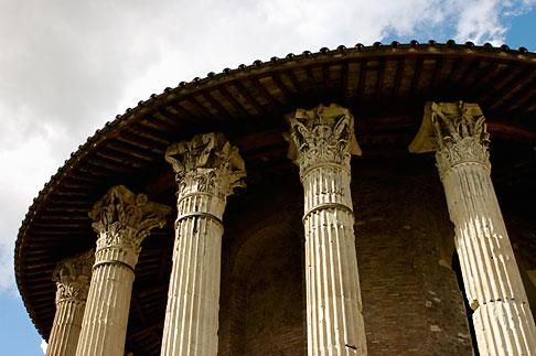 image S4-502-4966 Italy, Rome, Temple of Vesta
