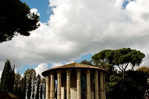 image S4-502-4979 Italy, Rome, Temple of Vesta