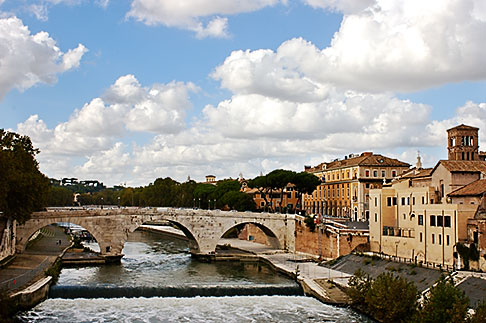image S4-502-5042 Italy, Rome, View of the Tiber