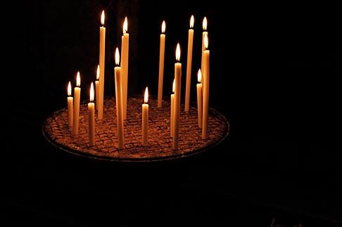 image S4-502-5151 Italy, Rome, Candles, Santa Maria in Trastevere