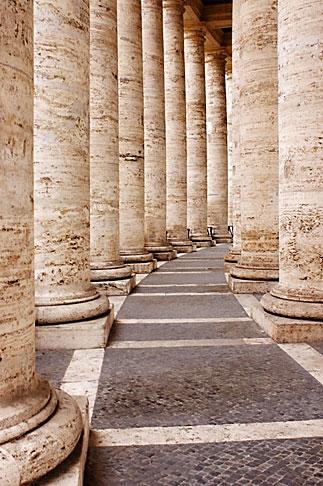 image S4-504-6087 Vatican City, Colonnade, Piazza San Pietro