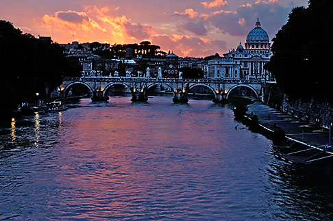 image S4-504-6112 Italy, Rome, Sunset over the Tiber