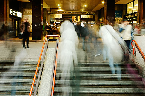 image S4-510-6961 Italy, Milan, Train Station