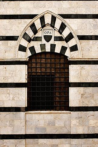 image S4-520-7584 Italy, Siena, Wall near Duomo