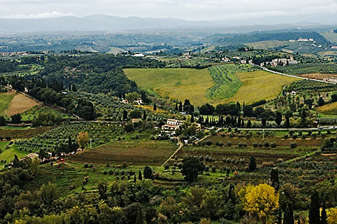 image S4-528-8818 Italy, San Gimignano, Surrounding countryside