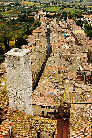 image S4-528-8819 Italy, San Gimignano, City view from Tower