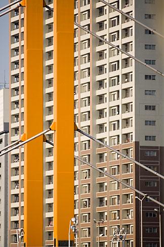 image 5-850-1968 Japan, Tokyo, Apartment building and bridge