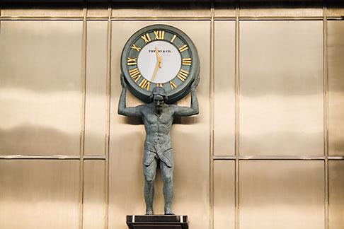 image 5-850-2640 Japan, Tokyo, TIffany and Company, clock statue
