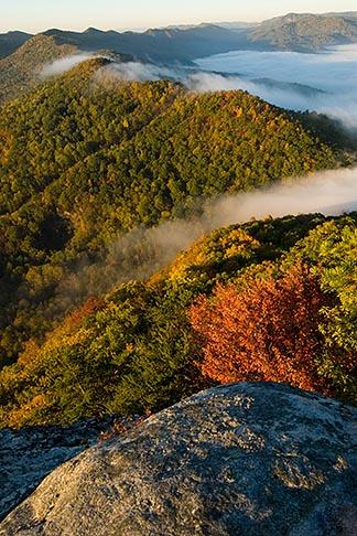 image 7-740-756 Kentucky, Southeast, Cumberland Gap National Historical Park, Morning fog