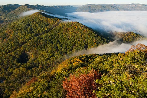 image 7-740-787 Kentucky, Southeast, Cumberland Gap National Historical Park, Morning fog