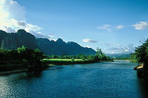 image 8-581-60 Laos, Vang Vieng, River view