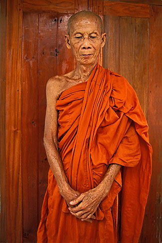 8-600-1  stock photo of Laos, Vientiane Province, Buddhist Monk