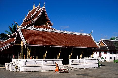 image 8-603-47 Laos, Luang Prabang, Wat Mai