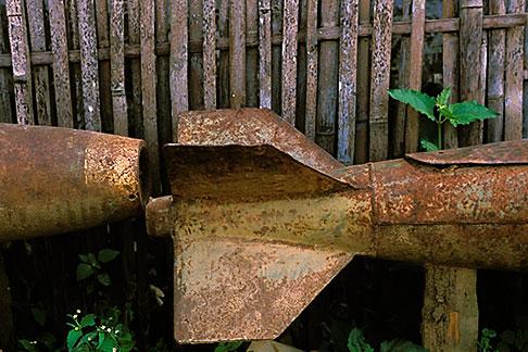 image 8-620-4 Laos, Plain of Jars, American bomb casing, Phonsavanh