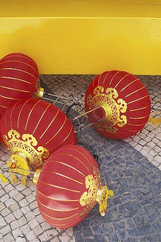image 5-441-15 Macau, Chinese lanterns