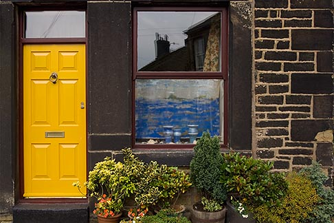 image 7-690-7086 England, Saddleworth, Dobcross Village, Cottage