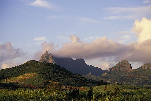 image 9-200-22 Mauritius, Morning light on Pieter Both peak