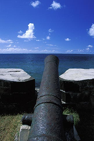 image 9-200-71 Mauritius, French cannon, Pointe du Diable