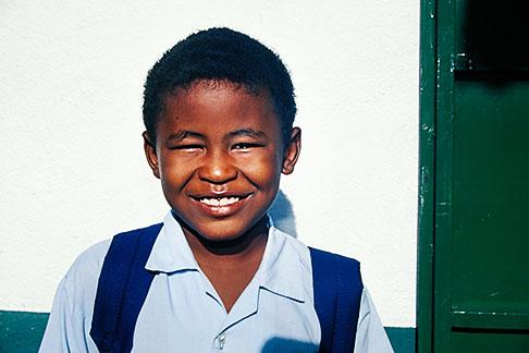image 9-201-54 Mauritius, Schoolboy, Poste de Flacq