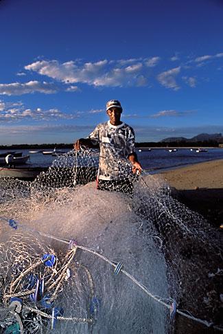 image 9-206-13 Mauritius, Fisherman, Tamarin Beach